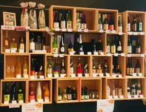 日本の酒情報館_新橋_酒棚