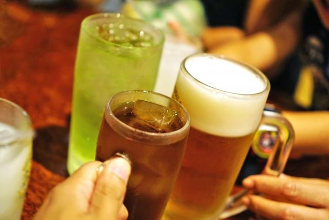 お酒_アルコール_痛風