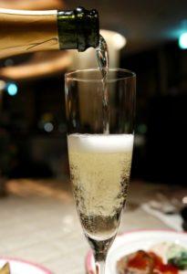 スパークリングワイン_炭酸強い_おすすめ料理_中華