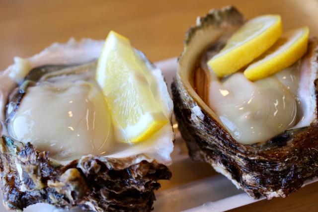 岩牡蠣_スパークリングワイン_おすすめ食事