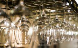 ワイングラスホルダー1
