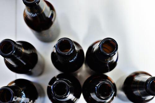 ビール瓶が茶色な理由と美味しく保存するビール瓶の保管方法