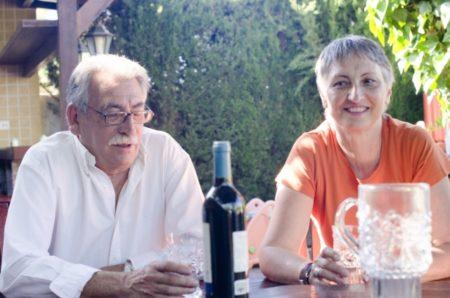 お酒を飲む夫婦の方が仲が良い⁈
