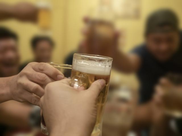 飲酒は初対面の人に良い印象を与える?それとも最悪な印象を与えてしまう?