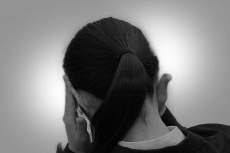 二日酔いの頭痛が酷い時のバファリン・ロキソニンの頭痛薬は服用してもOK?