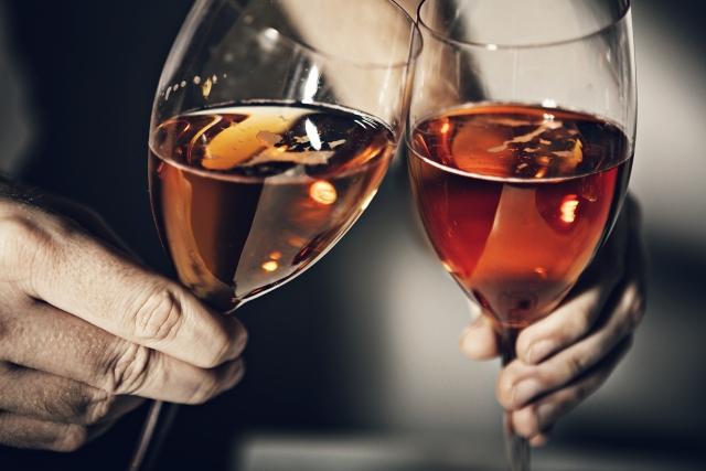 飲酒習慣や量は「年収」で決まる?!