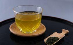 飲みすぎた辛い二日酔いに効果的なお茶・緑茶とは?