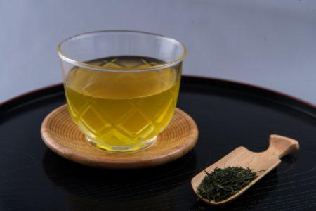 頭痛の辛い二日酔いによく効くお茶・緑茶